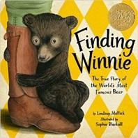 Finding Winnie (2016 Caldecott Medal Winner)