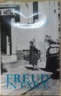 Freud in Exile: Psychoanalysis and Its Vicissitudes   /사진의 제품   ☞ 서고위치:XA 1  *[구매하시면 품절로 표기 됩니다]