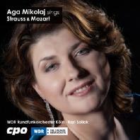 SINGS/ AGA MIKOLAJ