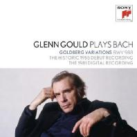 PLAYS BACH [GLENN GOULD COLLECTION 1]